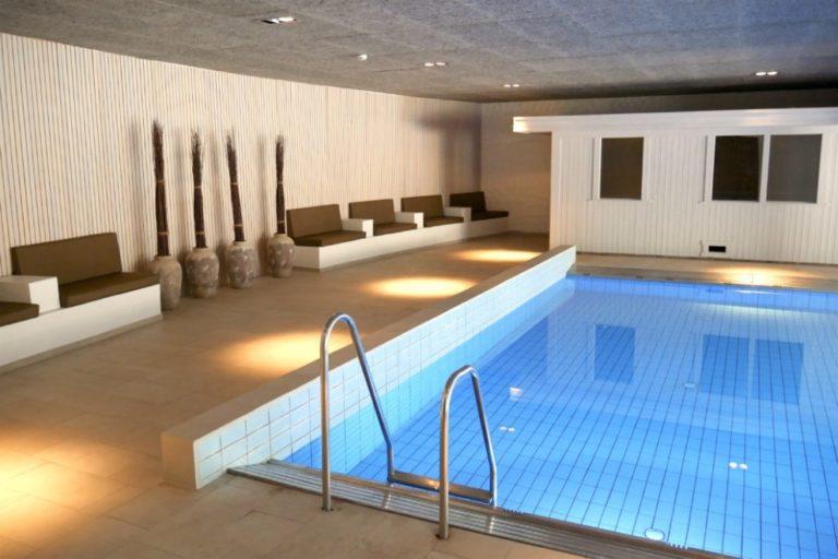 basseng badstue sauna boblebad hotell overnatting